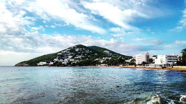 Baie de Santa Eularia Ibiza