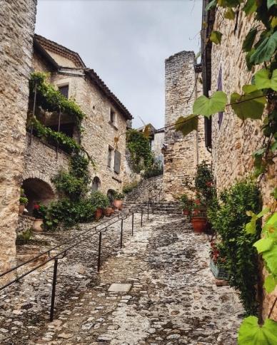 Drôme provençale-Poët Laval